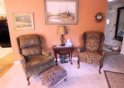 lounge-chairs